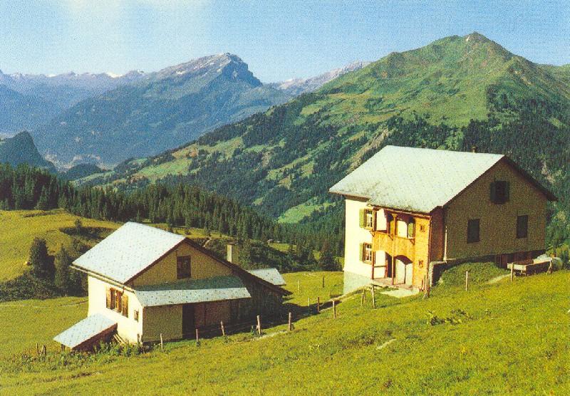 wb-1989-2-raetikon-a160-scesaplana-huette-1908m