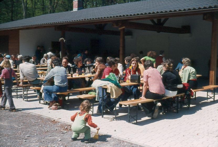 wa-1976-1-mai-waldfest-a320