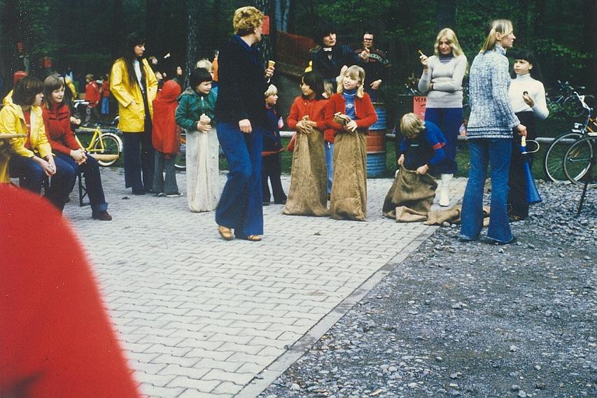 wa-1977-1-mai-waldfest-a040