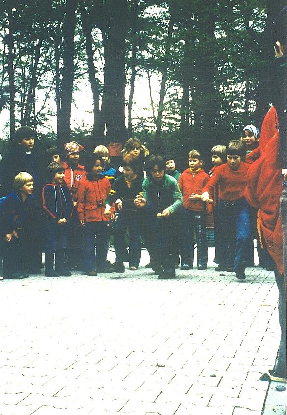 wa-1977-1-mai-waldfest-a190